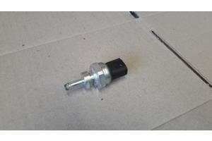 Датчик тиску вихлопних газів Renault Nissan 8201000764 8200443536