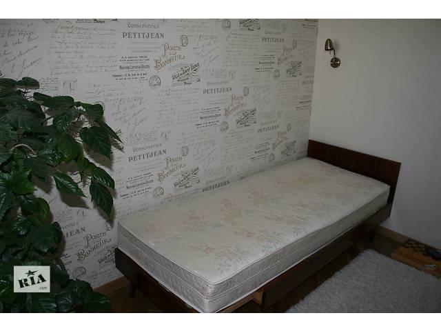 купить бу Деревянная кровать с ортопедическим матрасом в Киеве