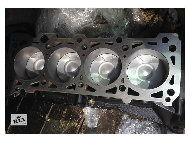 бу Детали двигателя Блок двигателя Mercedes C-Class 2.4 в Ужгороде