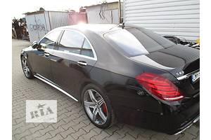 Четверти автомобиля Mercedes S-Class