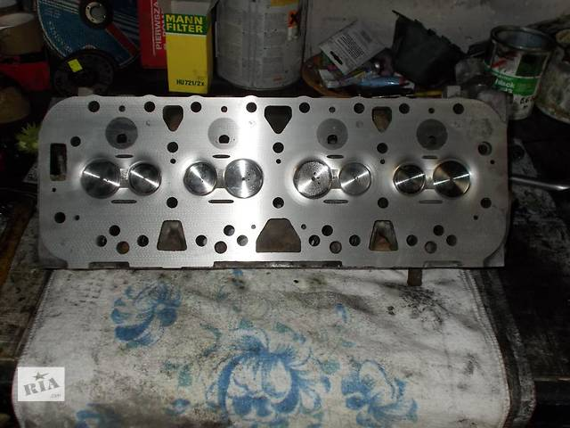 бу Детали двигателя Головка блока Легковой Ford Sierra 2.3 в Львове