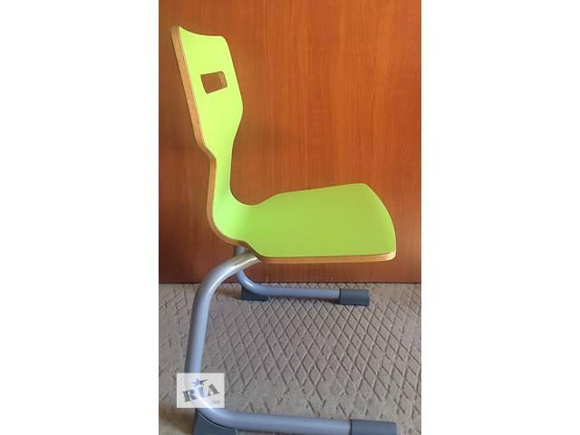 купить бу Детский деревянный стул в стиле модерн, Голландия в Мукачево