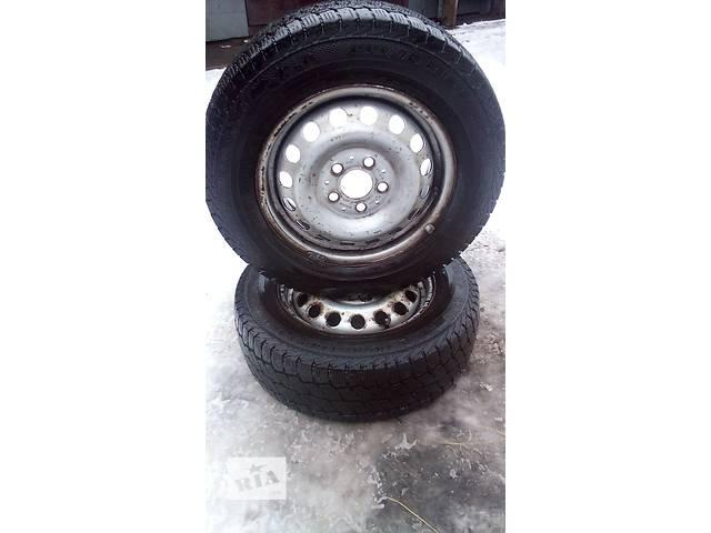 купить бу Два колеса з резиною на Mercedes Vito 195/70 R15C в Сарнах (Ровенской обл.)