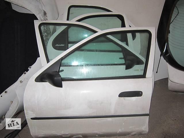 Дверь передняя для легкового авто Ford Mondeo 2- объявление о продаже  в Стрые