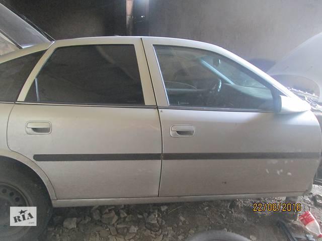 продам  Дверь передняя для легкового авто Opel Vectra B бу в Гадяче (Полтавской обл.)