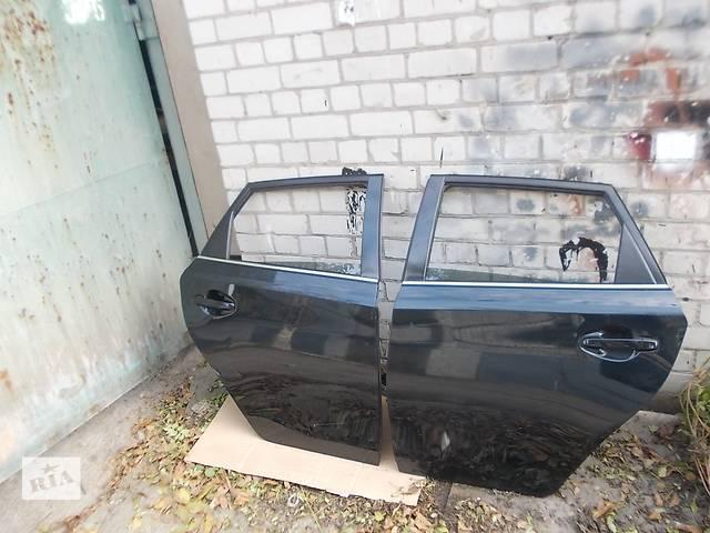 бу Дверь задняя  Toyota Auris 12-15 г. Цена за дверь 1 шт. в сборе, без стекла. в Днепре (Днепропетровск)