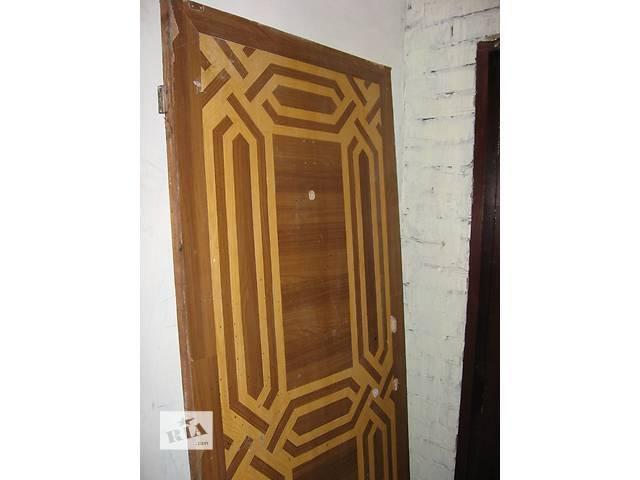 купить бу Двери деревянные входные   в Краматорске