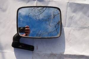 Дзеркало бокове ліве для Volkswagen T2 \ огірок \ 1990рв на фольксваген т2 1983рв ціна 550гр за ліве дзіеркало оригінал