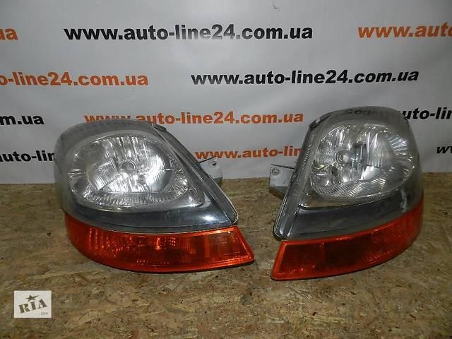 купить бу Фара передняя правая левая Renault Trafic Opel Vivaro Nissan Primastar  2001-2014. Б.у оригинал в наличии. Доставка п в Ковеле