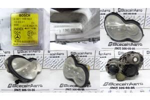 Фара рефлектор передня права Mercedes C-CLASS W203 (C180 С200 C220 C230 C240 C270) (2000-2007) 0301166202 A2038200261