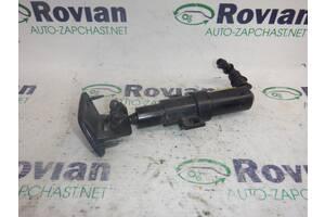 Форсунка омывателя фары права Volkswagen PASSAT B6 2005-2010 (Фольксваген Пассат Б6), БУ-192536