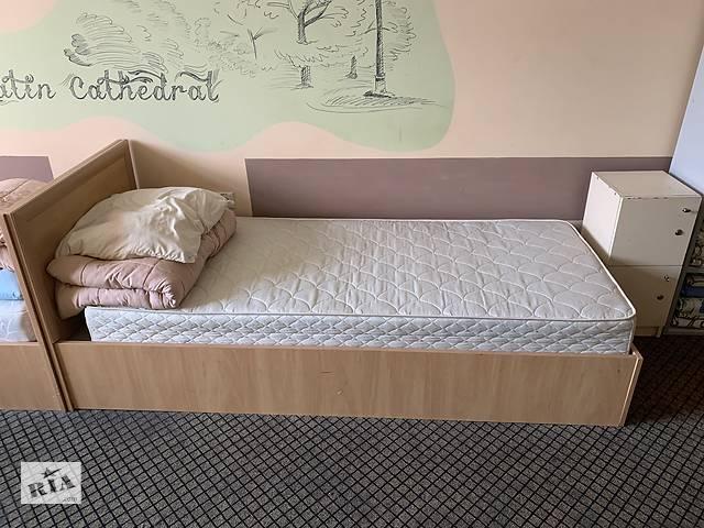бу Кровать односпальная в Львове