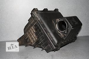 б/у Корпуса воздушного фильтра Volkswagen LT