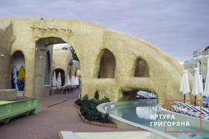 Будівництво фонтанів, водоспадів, містків і штучних скель