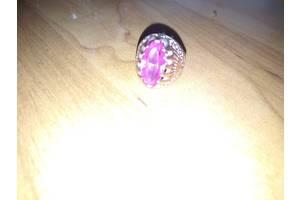б/у Кольца с драгоценными камнями