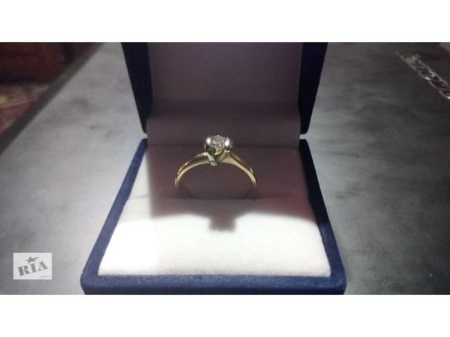 Продам кільце з діамантом 0,26 карата- объявление о продаже  в Черкасах