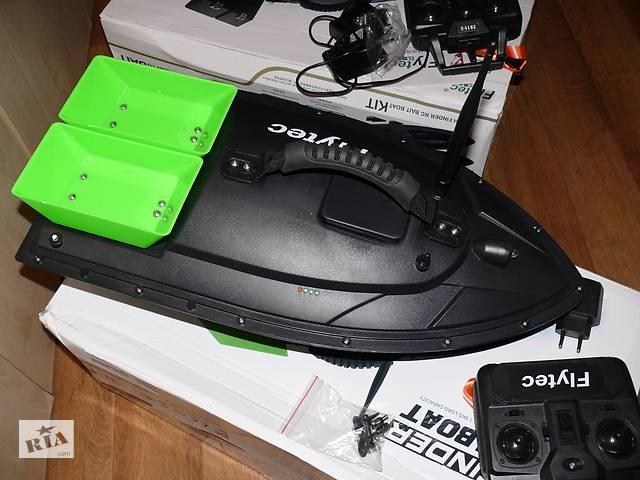 купить бу Карповый кораблик для прикормки, рыбалки Flytec2011, длина 55 см в Киеве