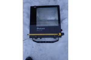 Нові Прожектори Delux