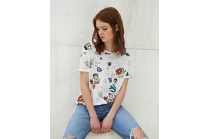 Новые Женские футболки, майки и топы Bershka