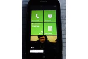 б/в Сенсорні мобільні телефони Nokia