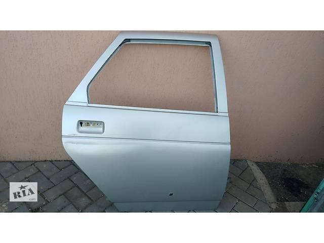 продам Б/у дверь задняя правая цвет снежная королева для ВАЗ 2110 ВАЗ 2112 бу в Умани
