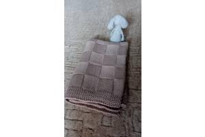Детский вязаный плед-одеяло ручной работы.