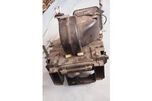 Б/у радиатор печки для Mercedes 123 1980рв на мерседес 123 мотор 2.4 д оригинал храню залитым тосолом гарантия не течет