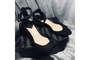 Продам туфли(босоножки) H&M's 38,5-39 размера