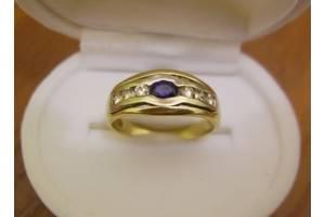 Золотое кольцо, бриллианты, сапфир.