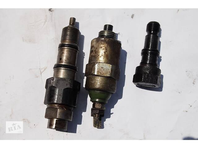 купить бу Редукционный клапан ТНВД LUCAS для Ford 1991рв на форд транзит 2.5 д тип 671 лукас клапан соляры 500гр давления другие в Черновцах