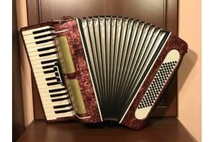 Аккордеон «Веснянка» 96 басов идеальное состояние, аккордеон,баян,гармонь