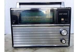 Переносний радіоприймач VEF 202
