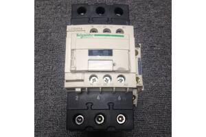 Магнітний пускач (контактор) / Schneider Electric /LC1D65A