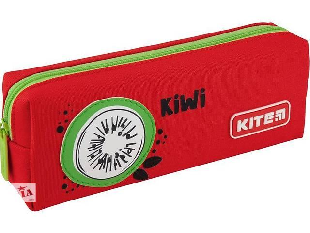 купить бу Пенал школьный Kite красный в Киеве