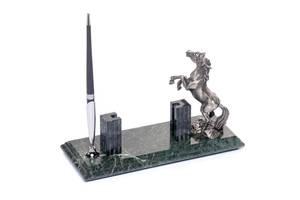 Подставка настольная для визиток и ручки BST 540057 24х10  мраморная Лошадь