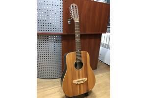 (2460) 12-ти Струнна Гітара з дуже Чистим Звучанням