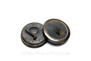 Часы солнечные с компасом 5х5х1,5 см 26606