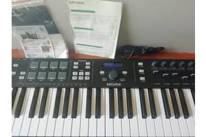 MIDI ( миди) клавиатура Arturia KeyLab Essential 61