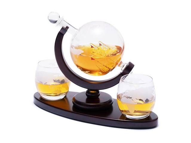 купить бу Подарочный набор для виски штоф и 2 стакана на деревянной подставке Decanto 640014 в Киеве
