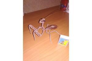 Оригинальный подарок богомол из алюминиевой проволоки WireArt/Mantis