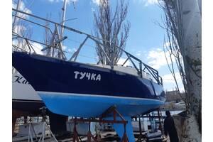 Парусно-моторная яхта «Тучка».
