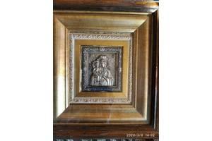 Икона Богоматерь Троеручица 20х22,5 см серебрение стекло