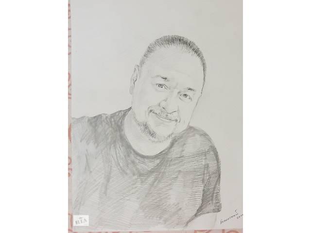 продам Художник намалює портрет олівцем бу в Полтаві