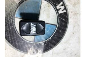 Кнопка стеклоподъемника Land Rover Freelander 1.8B 1999 (б/у)