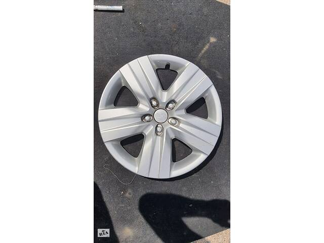 купить бу Колпак колесный R17 без царапин Subaru Outback Субару Аутбек BN/B15 15-19 в Черкассах