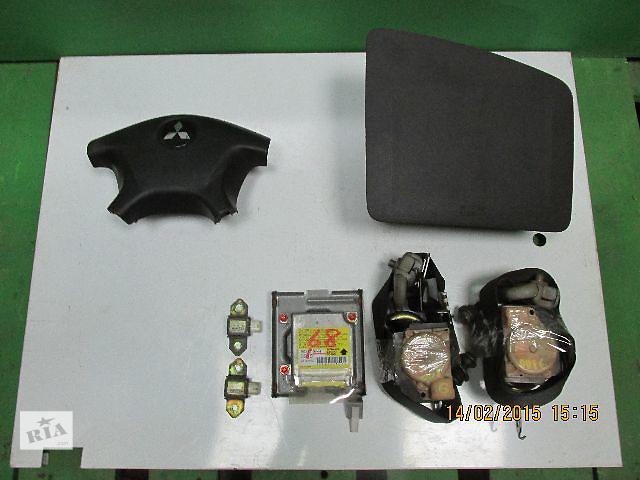 купить бу Комплект безопасности для легкового авто Mitsubishi Outlander в Львове