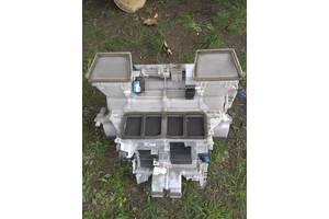 Корпус печки салона и багажника, вентилятор печки Lexus LS 460
