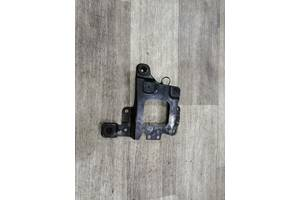 Кріплення АКБ акумулятора 3M51-R6K034AG Вольво Volvo V50 2004-2012