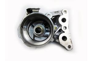 Кронштейн масляного фильтра 1.6 09- Toyota Auris 06-12 (Тойота Аурис 06-12)  1560937041