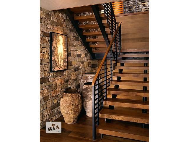 продам Лестницы на второй этаж бу в Чернигове